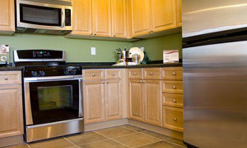kitchen appliances in rental home